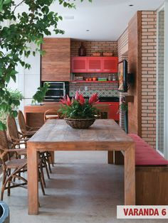 Terrace design in color - two examples in red and green - Decoration Top Home Design Decor, House Design, Interior Design, Kitchen Dinning, Kitchen On A Budget, Dining Table, Kitchen Ideas, Wooden Kitchen, Kitchen Inspiration