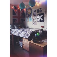 a picture of my college dorm room, for anyone looking for any kind of ideas :)