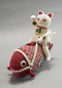 平成の招き猫100人展 /// omg omg omg mankind Melo riding a big fish!!!