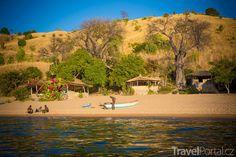 Vesnice na ostrově Likoma. Tanzania, Statues, Adventure, Mango, Manga, Effigy, Adventure Movies, Adventure Books
