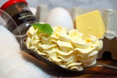 Italiensk marängsmörkräm