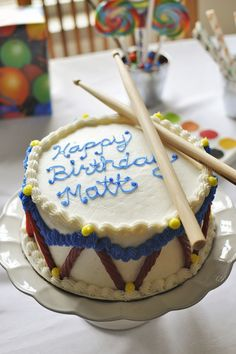 Music-Themed Kid's Birthday Party - Drum Cake