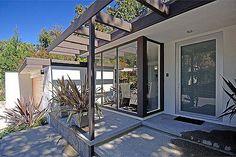 Hamner Dr, L.A. - Built: 1960 | Architect: Edward Fickett | Flickr