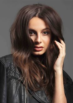 Off-centre parting with volume and natural texture, serving cool-girl vibes. Sweet Like Chocolate, Delicious Chocolate, Most Common Hair Color, Half Up Half Down, Natural Texture, Beauty Routines, Ponytail, Hair Extensions, Cool Girl