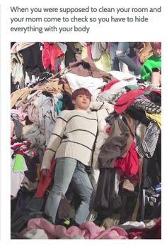 """""""Quando dovevi pulire la tua camera e tua madre viene a controllare e tu cerchi di nascondere tutto con il tuo corpo"""""""