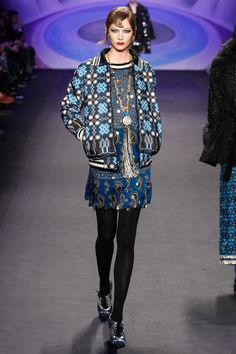 Anna Sui Fall 2014 Ready-to-Wear Fashion Show Fashion Week, Runway Fashion, Boho Fashion, Fashion Show, Fashion Design, Anna Sui, Blog Fotografia, Trend Council, 2014 Fashion Trends