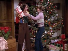 Mork also observes that Mindy's father and her grandmother would also be unhappy… Christmas Tv Shows, Christmas Episodes, Christmas Albums, Christmas Couple, Christmas Time Is Here, Christmas Scenes, Christmas Past, Very Merry Christmas, Christmas Music