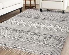 Handmade Rug / Carpet / Vintage Kantha Quilts by IndianWomensCrafts Dhurrie Rugs, Kilim Rugs, Star Rug, Indian Rugs, Rustic Rugs, Handmade Rugs, Etsy Handmade, Throw Rugs, Floor Rugs