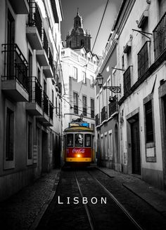 Visiting old Lisbon by train #portugal