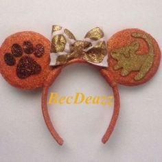 Disney Lion King Minnie Mouse ears headband from EarzbyBecDeazz on Etsy. Saved to Disneyland. Disney Diy, Deco Disney, Diy Disney Ears, Disney Crafts, Cute Disney, Disney Ears Headband, Disney Headbands, Ear Headbands, Minnie Mouse