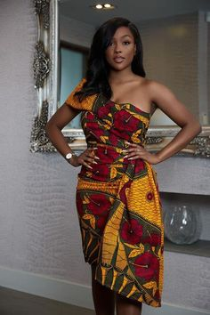Here at Grass-fields we have an awesome range of African dress designs. Whether you're after an African print maxi or midi dress, we've got something for you. Ankara Dress, African Dress, African Wear, African Style, Graduation Dresses, Homecoming Dresses, African Women, African Fashion, Body Con Dress