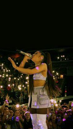 Ariana Grande Images, Ariana Grande Cute, Ariana Grande Photoshoot, Ariana Grande Outfits, Divas, Ariana Grande Sweetener, Bae, Ariana Grande Wallpaper, Cat Valentine
