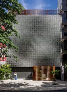 This office block in Rio de Janeiro features a triple-layered facade with a…