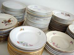 Beautiful vintage plates for my weddings cake.