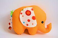 Spielzeug - Elephant Trumpets - gelb / rainbow - ein Designerstück von Pani-Niteczka bei DaWanda