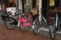 Zutphen, fiets. Any space, every space is a bike park in a nation of 18million bikes!