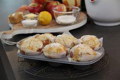 Deze gevulde appeltjes met kruimelcake zien er gezellig uit. Leuk recept voor bij de koffie!