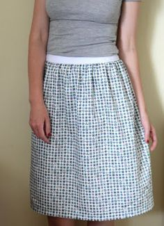 Skirt Tutorial .. so simple, I may actually be able to do it!