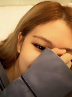 K Park, Rose Adidas, Lisa, Ulzzang Makeup, Emotional Photography, Rose Park, Blackpink Photos, Park Chaeyoung, I Love Girls