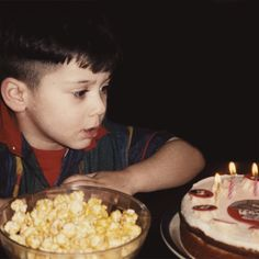 Haha!! Zayn on his birthday quite a few years ago!! Hope he will be doing the same today in Disneyland!! Happy 21st Zayn