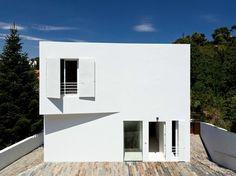 House in Vallvidrera (Catalonia) di YLAB Arquitectos #architecture