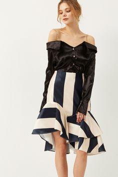 Brooke Block Stripe Ruffle Skirt Discover the latest fashion trends online at storets.com #blockstripeskirt #ruffleskirt #skirt