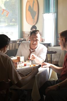 New picture of Tom Hiddleston in I Saw The Light. Source: http://www.thestar.com/entertainment/stage/2015/09/03/tiff-i-saw-the-light-actor-casey-bond-talks-about-the-blue-jays-and-how-he-went-from-the-baseball-diamond-to-the-big-screen.html Full size photo: http://i.imgbox.com/Vg0iEgHK.jpg
