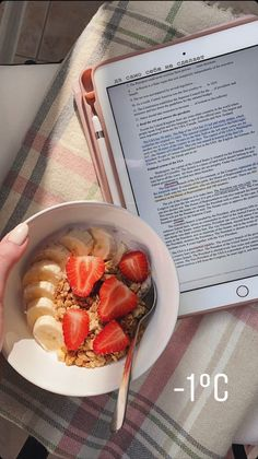 School Motivation, Study Motivation, Study Board, School Study Tips, I Want To Eat, Study Inspiration, Studyblr, Aesthetic Food, Nutritious Meals