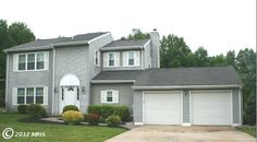 Love this #gray home in Abingdon, #Maryland - perfect for a family!