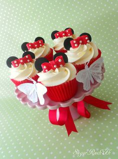 Minnie Mouse Cupcakes - by sugarrush1 @ CakesDecor.com - cake decorating website