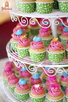 Coloratissimi  #Cupcakes decorati. Scopri la Community di chi ha la passione per i dolci su www.dolcidee.it.