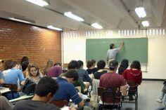 O Ministério da Educação (MEC) anunciou que o sistema para novos contratos do Fundo de Financiamento Estudantil (Fies) será aberto no próximo dia 23. As inscrições poderão ser feitas no portal do programa.