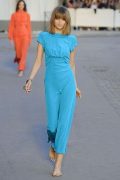. Abbey Lee Kershaw Chanel Resort 2011 q'd! school sux :(
