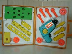Vintage Fisher Price Tool Kit 1977. My brother had this.