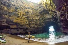 Paddleboarders unexpectedly discovered a breathtaking hidden cave off the Irish coast