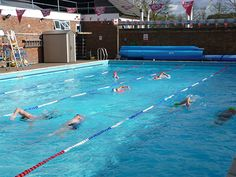 1000 images about family friendly outdoor swimming pools - Hathersage open air swimming pool ...