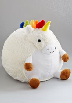 Plush One Pillow in Unicorn. Get cozy with this cuddly unicorn pillow by Squishable for a darling day of reading and relaxing! Real Unicorn, Magical Unicorn, Rainbow Unicorn, Unicorn Party, Unicorn Club, Unicorn Emoji, Unicorn Horse, Unicorn Pillow, Unicorn Bedroom