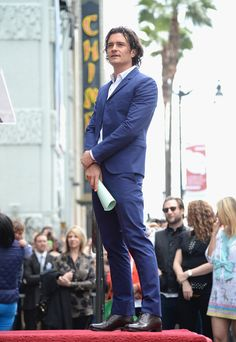 First of all, he stood there like a shining creature from god looking like perfection: | DILF Orlando Bloom Being His DILFiest While Getting A Star On The Walk Of Fame