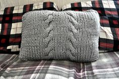 Hooks and Brushes: Bulky Cable Pillow