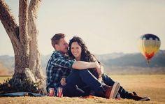 Expertos afirman que el amor puede curar la neurosis Enamorarse ayuda a estabilizar la personalidad de las personas que son neuróticas dice un estudio reciente. El amor ayuda a las personas que piensan con pesimismo crónico y hace que se acerquen a la vida con más confianza y vean los eventos con una luz más positiva. El neuroticismo según explica el Dr. Christine Finn autor del estudio hace que Las personas neuróticas sean bastante ansiosas inseguras y que se molesten fácilmente. Tienen una…