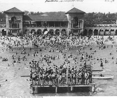 I would have loved to live in a time when everybody loved the beach! #lovebeach   sunnyside beach toronto, 1924