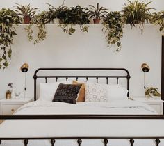 mounted shelf above couch Shelving Above Bed, Shelves Over Couch, Shelf Over Bed, Bed Shelves, Above Couch, Shelves In Bedroom, Plant Shelves, Bedroom With Bath, Regal Design