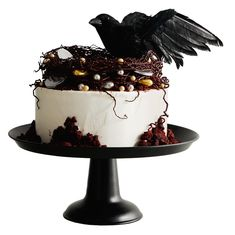 Baking an easy dessert like this chocolate cake can be almost as thrilling for a birthday girl or boy as blowing out the candles. Buttermilk Chocolate Cake, Chocolate Cake Frosting, Halloween Cakes, Halloween Treats, Halloween Party, Halloween Baking, Creepy Halloween, Halloween Decorations, Pasteles Halloween