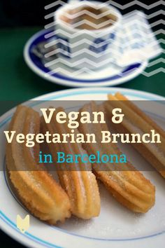 Start your day with plenty of plant power! Here's where to find the best vegan and vegetarian brunch in Barcelona. Even meat eaters will love these places! Brunch In Barcelona, Barcelona Food, Barcelona Restaurants, Barcelona Travel, Chicago Restaurants, Vegetarian Brunch, Vegan Vegetarian, Best Vegan Restaurants, Brunch Spots