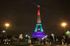 París se abre al turismo gay ante crisis por terrorismo