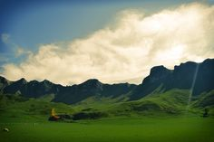 Te Mata ranges in Hawkes Bay, New Zealand Landscape Photos, Photo Contest, Ranges, New Zealand, Wallets, Community, Handbags, Purses, Mountains