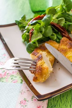 Recette d'Escalopes de céleri, recette végétarienne facile et rapide. Celerie Rave, Love Food, Vegan, Vegetarian, Chicken, Vegetables, Tableware, Kitchen, Gluten
