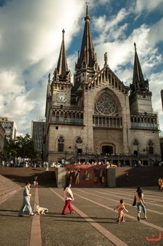 Catedral  de Manizales Cathedral Basilica, Cathedral Church, Backpacking South America, South America Travel, Best Places To Travel, Places To Visit, Colombia South America, Largest Countries, Chapelle