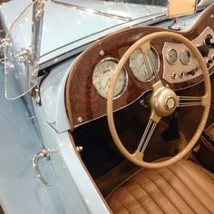 Retro Cars, Vintage Cars, Retro Vintage, The Great Gatsby, Cute Cars, Aesthetic Vintage, Vintage Vibes, Aesthetic Pictures, Old Cars