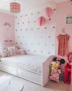 I'm keen on this fine looking cherry bedroom furniture Small Room Design Bedroom, Teen Bedroom Designs, Bedroom Decor For Teen Girls, Kids Room Design, Baby Bedroom, Simple Girls Bedroom, Study Room Decor, Cute Room Decor, Baby Room Decor